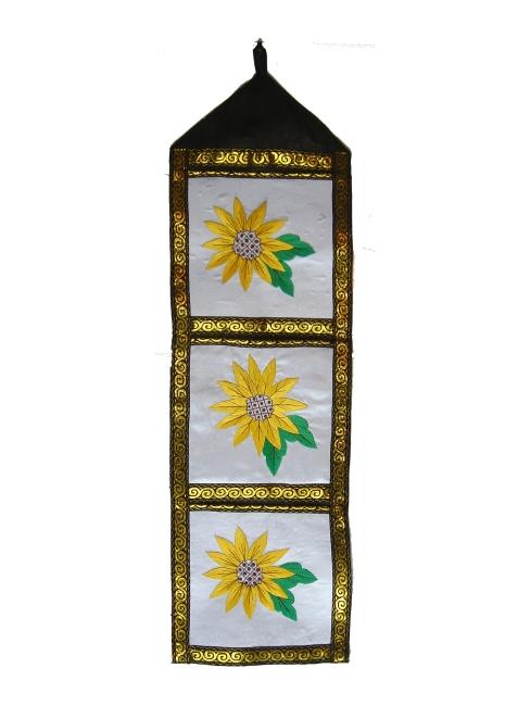 3 pockets sunflowers 204 $45