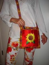 sunflower purse in red